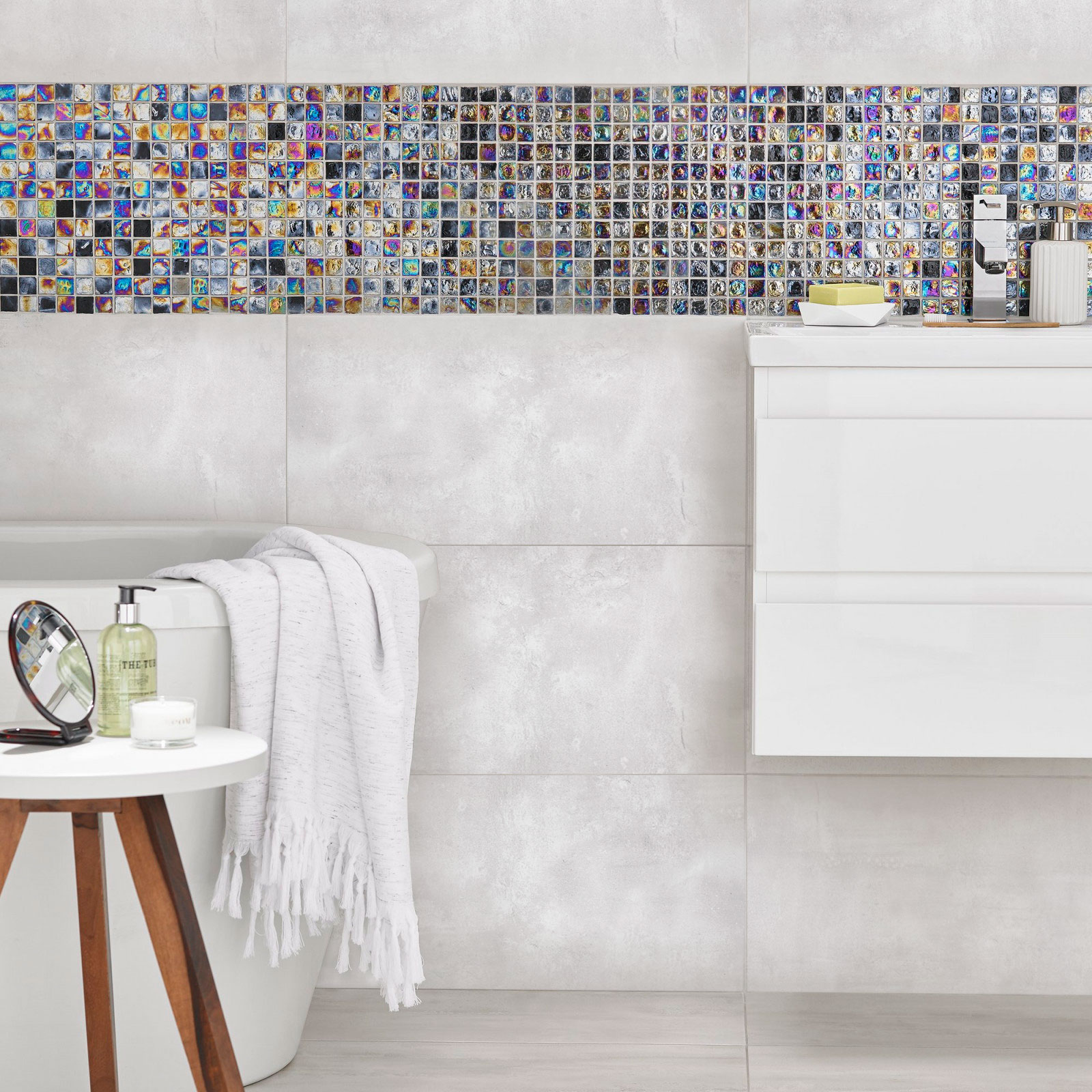 Cemento Canberra High Gloss porcelain tiles