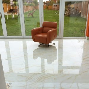porcelain tiles marble effect