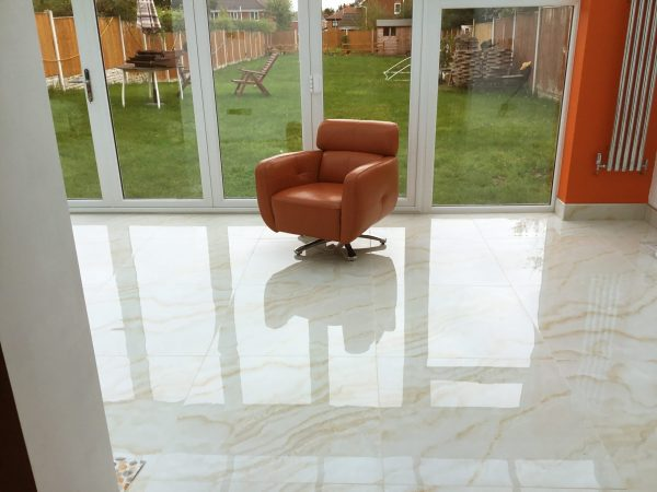 porcelain tiles marble effect